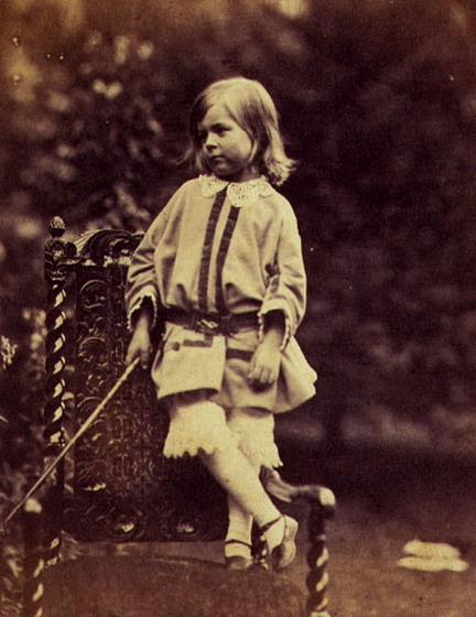 Tennyson,_Hallam_(Lewis_Carroll,_28.09.1857)